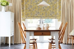 curtains-plain-fabric-and-patterned-roman-blinds